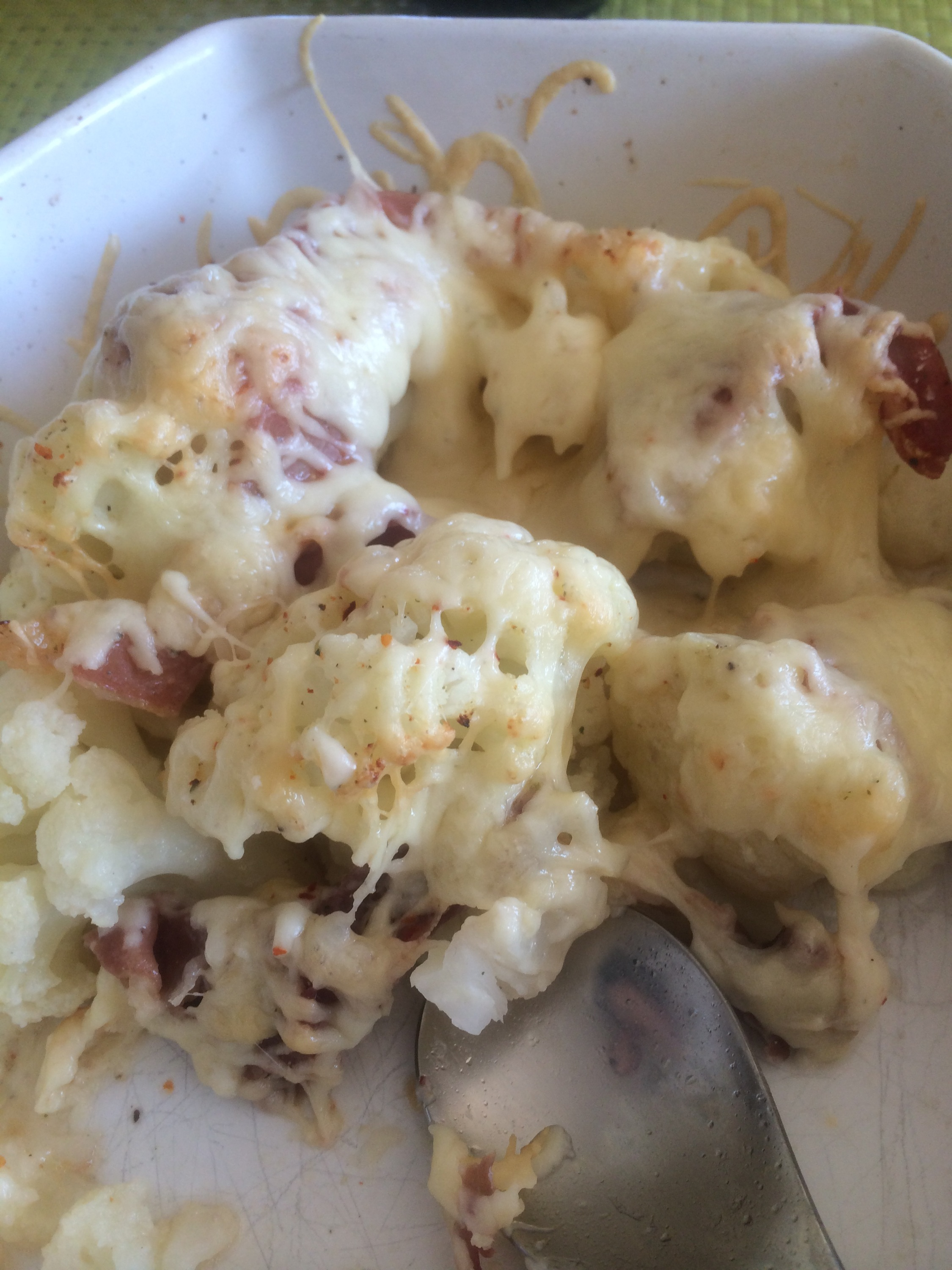 Cheasy cauliflower